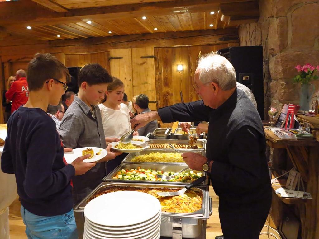 schloessle-geburtstagsevent-buffet-schenkenzell